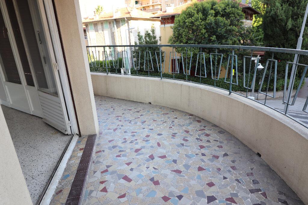 Appartement à vendre 3 60.53m2 à Nice vignette-5