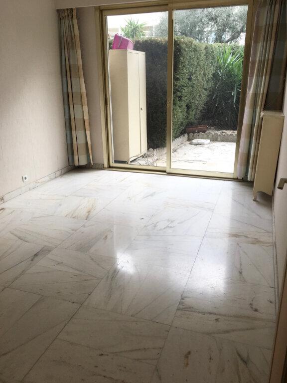 Appartement à louer 4 95.6m2 à Nice vignette-5