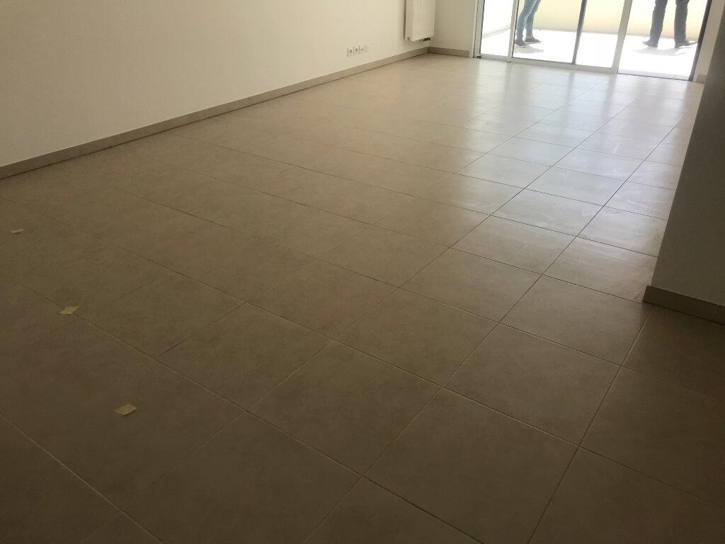 Appartement à louer 2 44.8m2 à Nice vignette-4