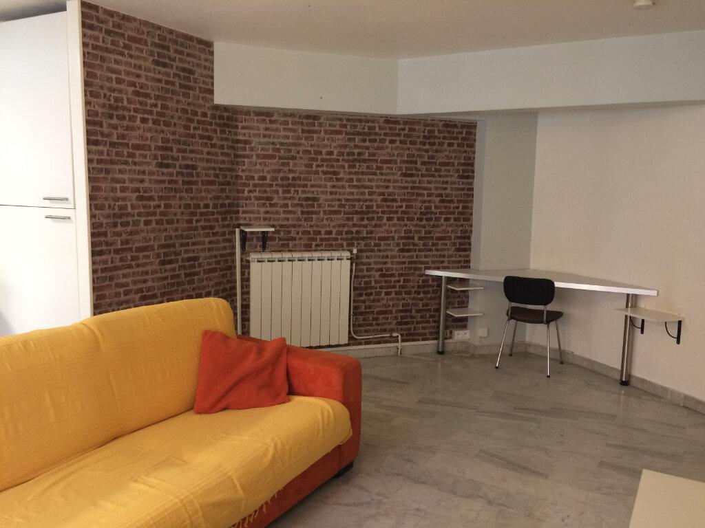 Appartement à louer 2 44.51m2 à Nice vignette-4