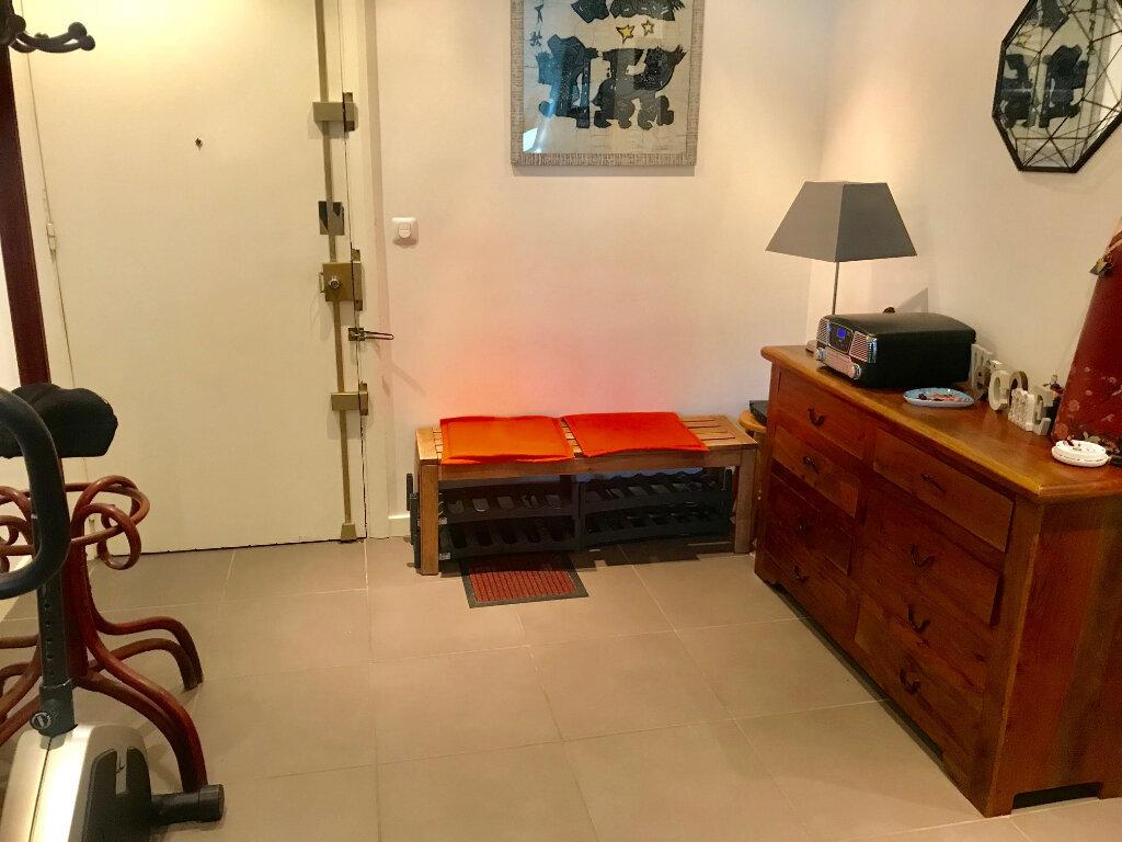 Appartement à louer 3 77.42m2 à Nice vignette-8