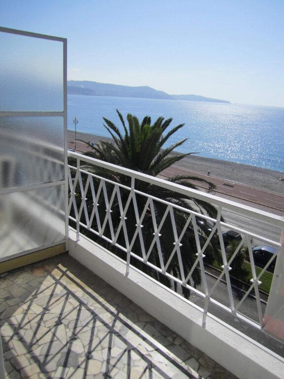 Appartement à louer 2 37.74m2 à Nice vignette-2