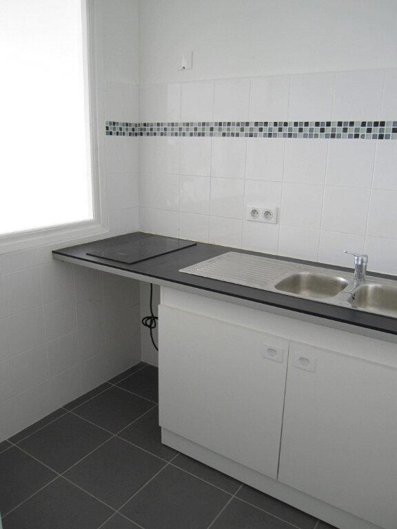 Appartement à louer 2 37.74m2 à Nice vignette-5