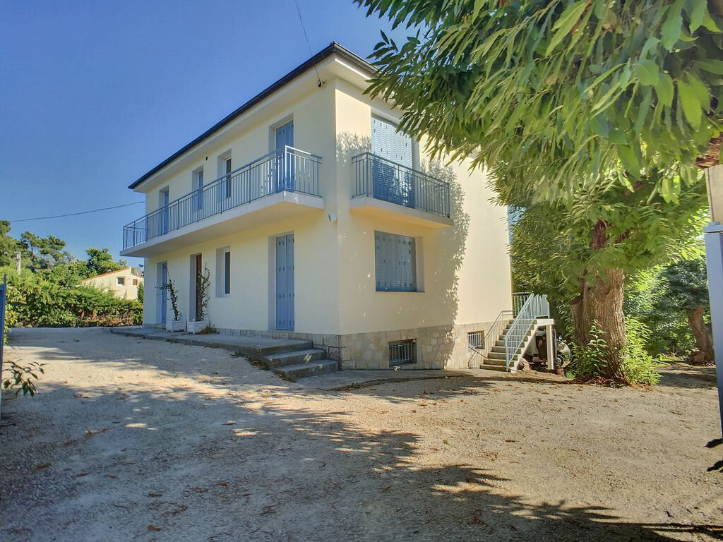 Maison à vendre 6 170m2 à Berre-les-Alpes vignette-1