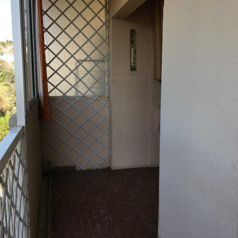 Appartement à louer 3 69.49m2 à Nice vignette-8