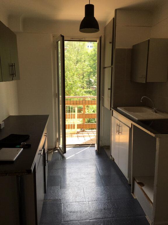 Appartement à louer 4 62.17m2 à L'Escarène vignette-3