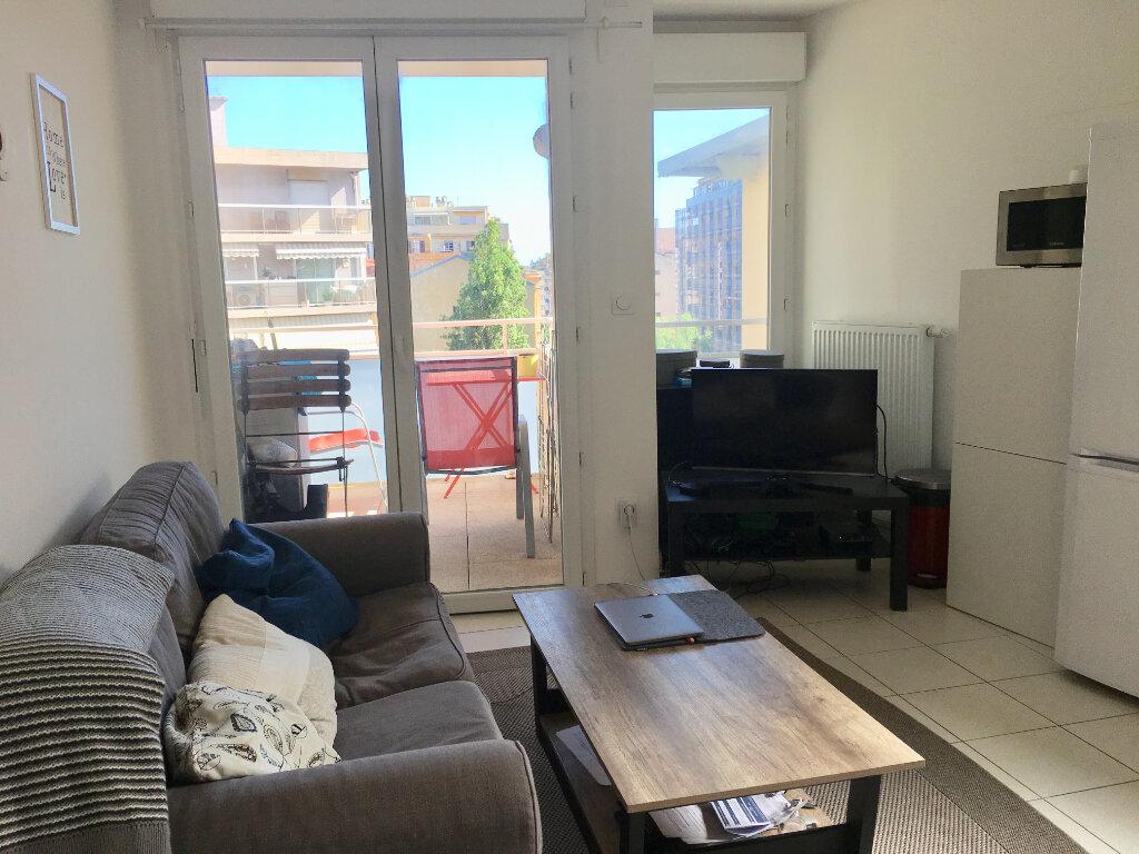 Appartement à louer 2 40m2 à Nice vignette-3