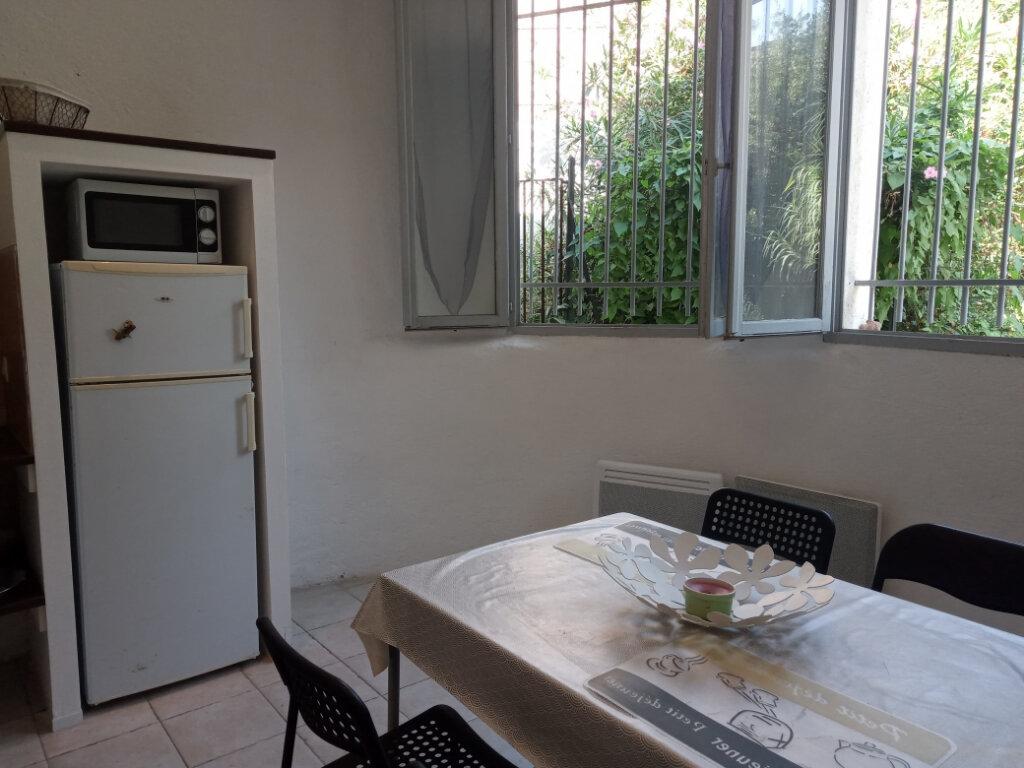 Appartement à louer 2 37.73m2 à Cannes vignette-5