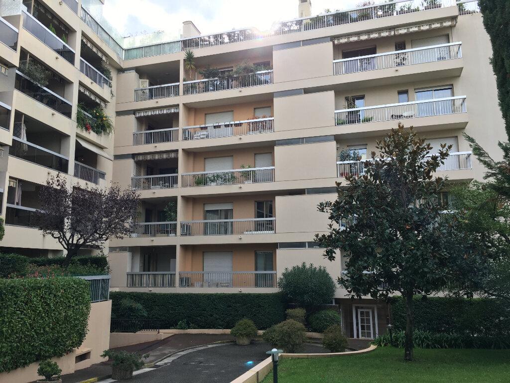 Appartement à louer 3 100m2 à Nice vignette-10