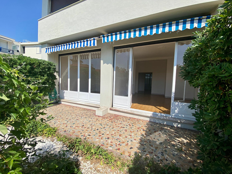 Appartement à louer 3 71.66m2 à Nice vignette-2