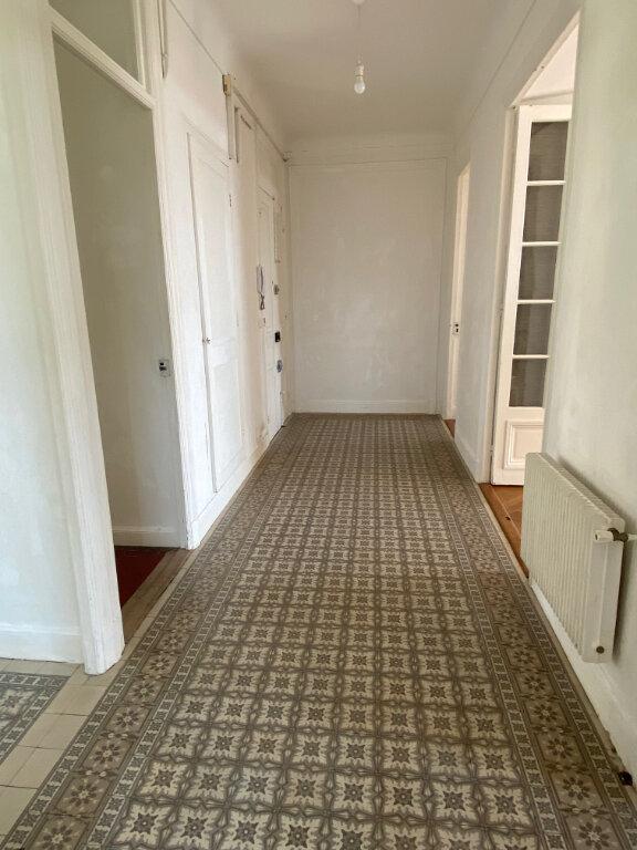 Appartement à louer 4 80.28m2 à Nice vignette-9
