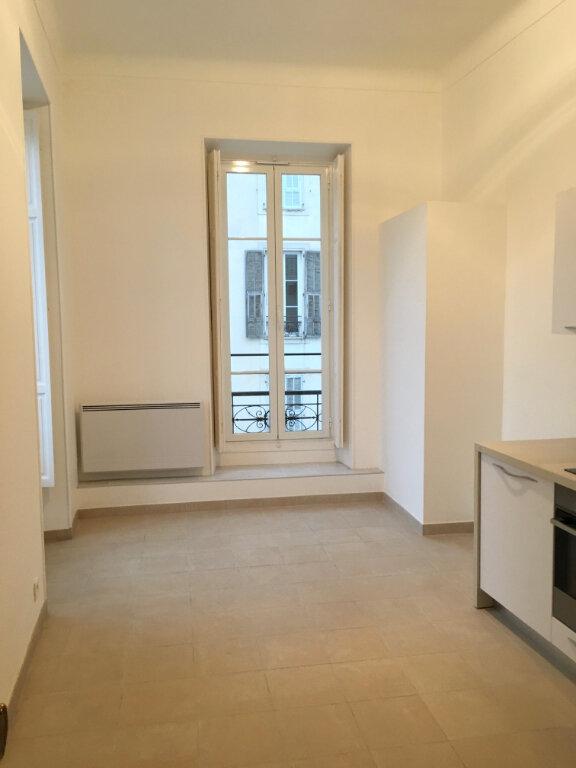 Appartement à louer 2 50.57m2 à Nice vignette-4