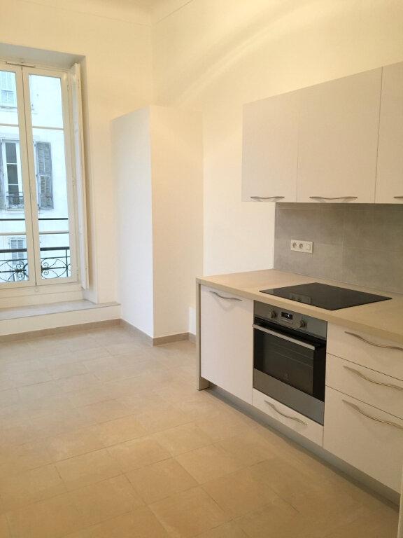 Appartement à louer 2 50.57m2 à Nice vignette-5
