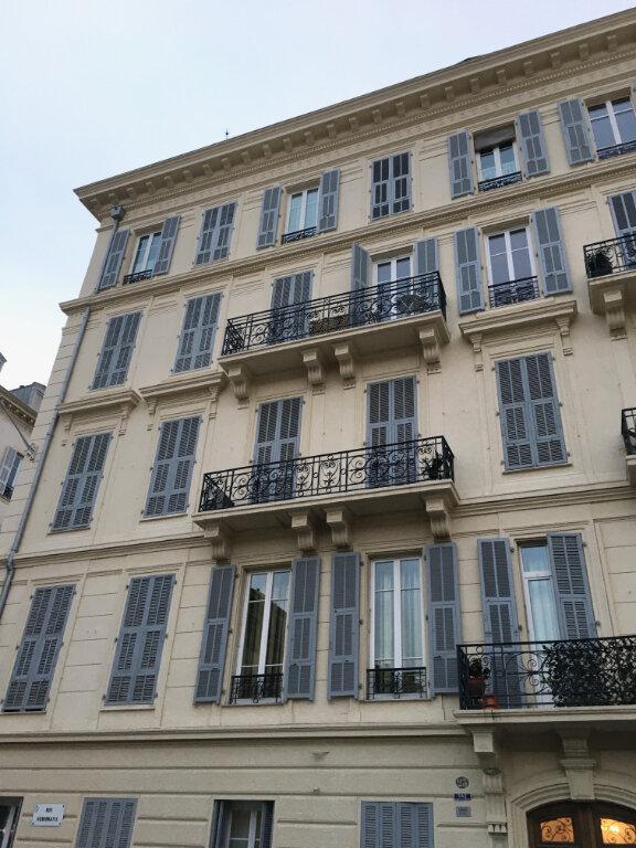 Appartement à louer 2 50.57m2 à Nice vignette-8