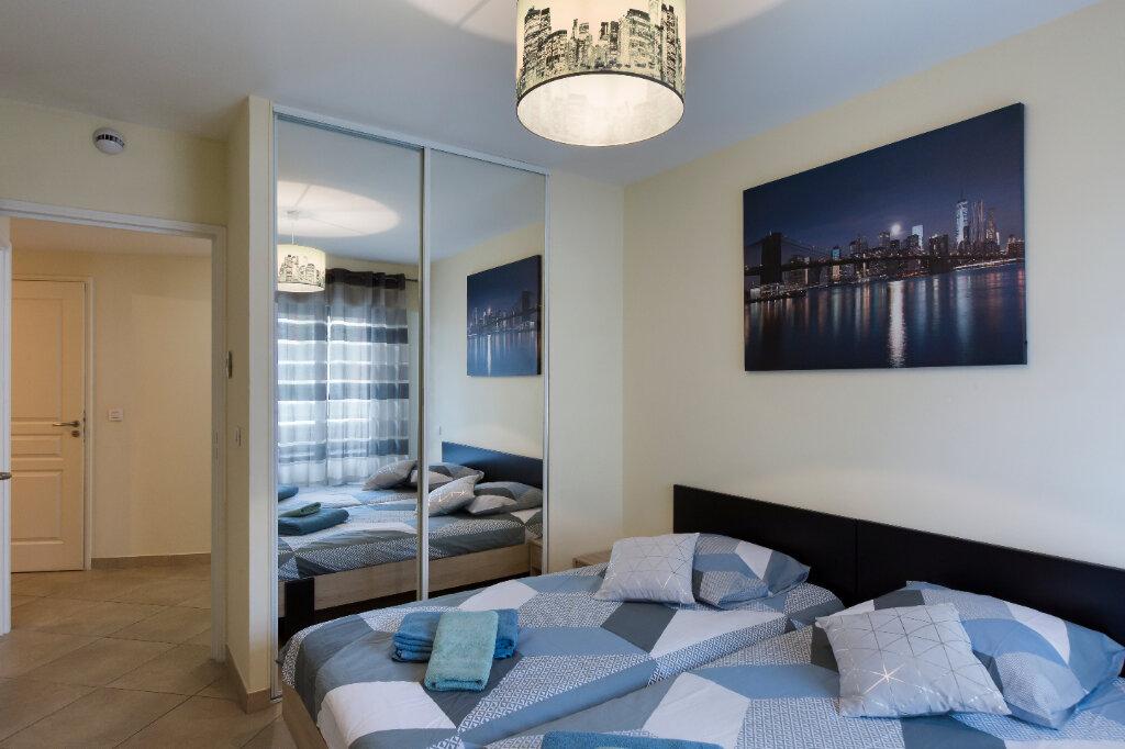 Appartement à louer 3 72.88m2 à Nice vignette-9