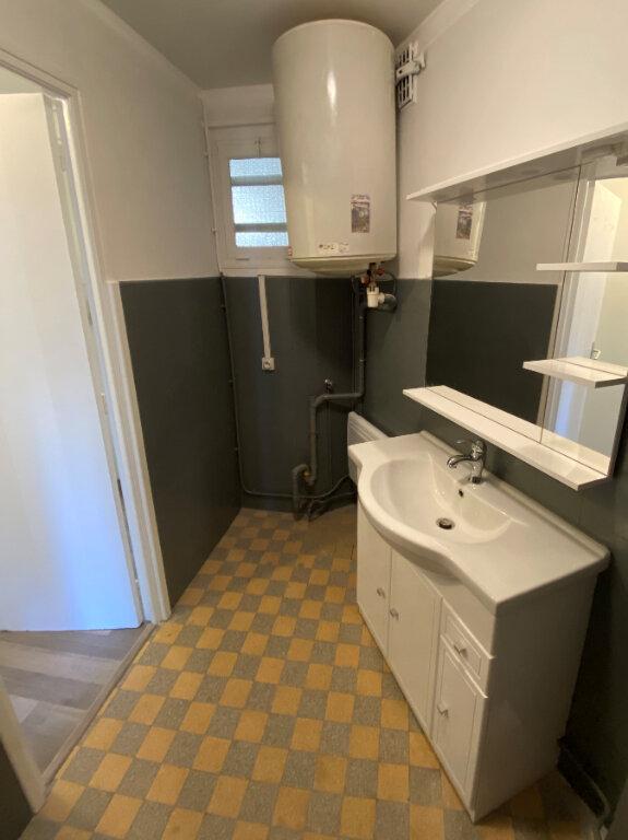 Appartement à louer 1 23.02m2 à Juan-les-Pins - Antibes vignette-4
