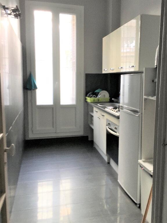 Appartement à louer 3 64m2 à Nice vignette-4