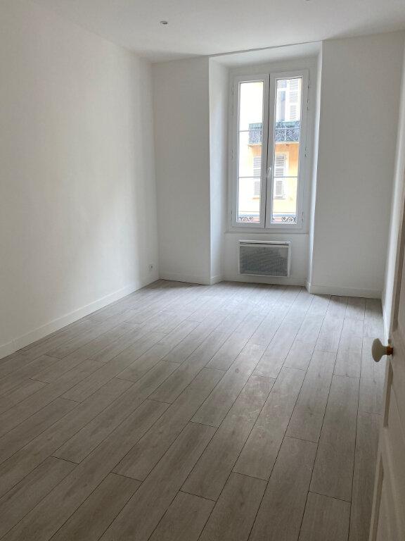 Appartement à louer 3 84.57m2 à Nice vignette-6