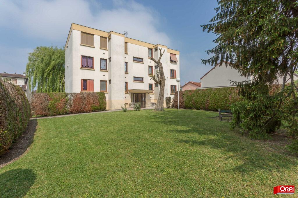 Appartement à vendre 4 67m2 à Champigny-sur-Marne vignette-2
