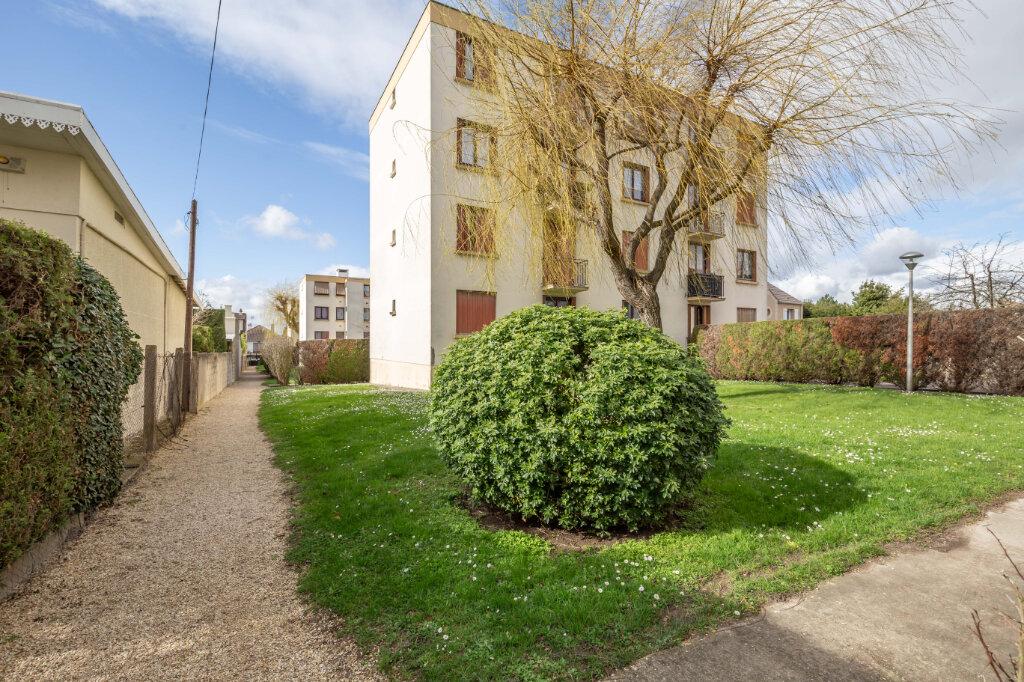 Appartement à vendre 4 67m2 à Champigny-sur-Marne vignette-3
