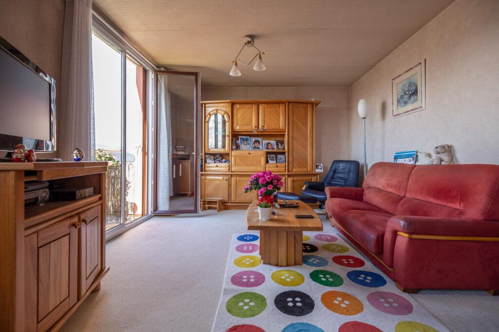 Appartement à vendre 4 67m2 à Champigny-sur-Marne vignette-4