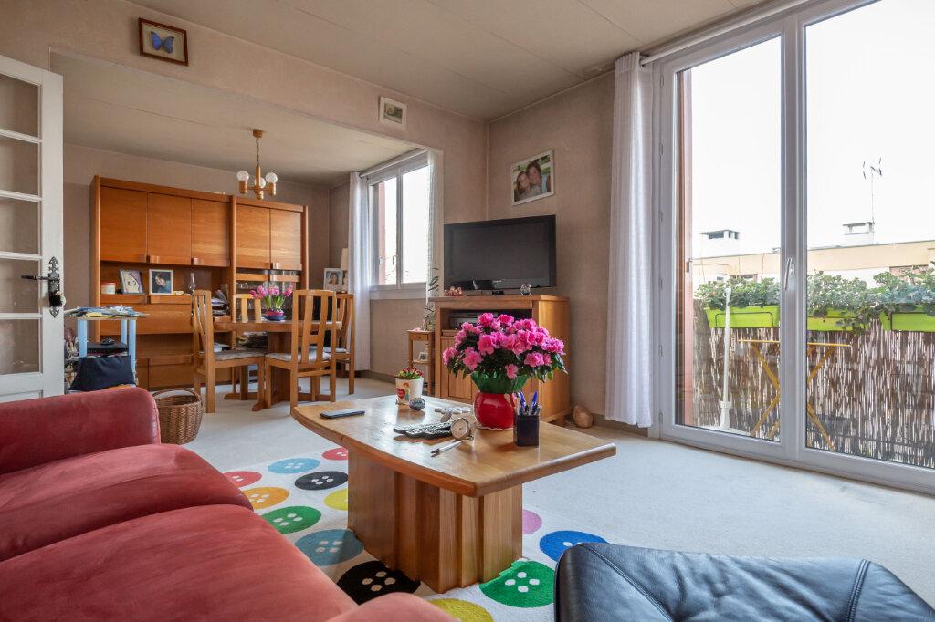 Appartement à vendre 4 67m2 à Champigny-sur-Marne vignette-5
