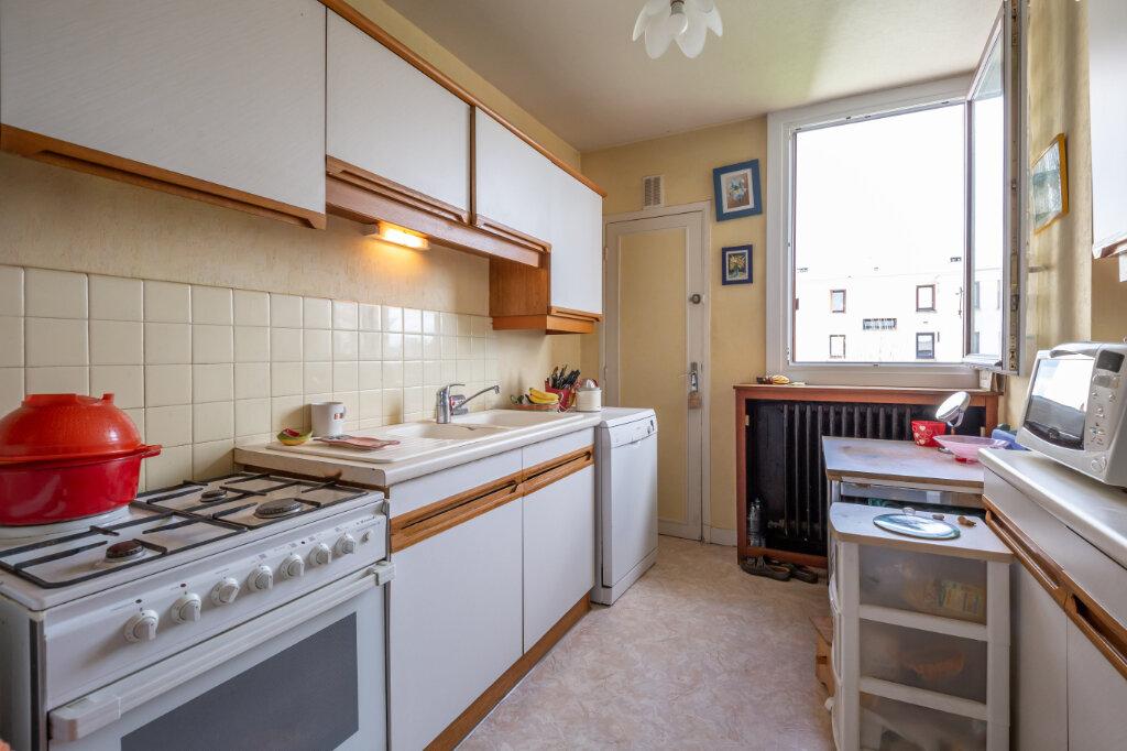 Appartement à vendre 4 67m2 à Champigny-sur-Marne vignette-6