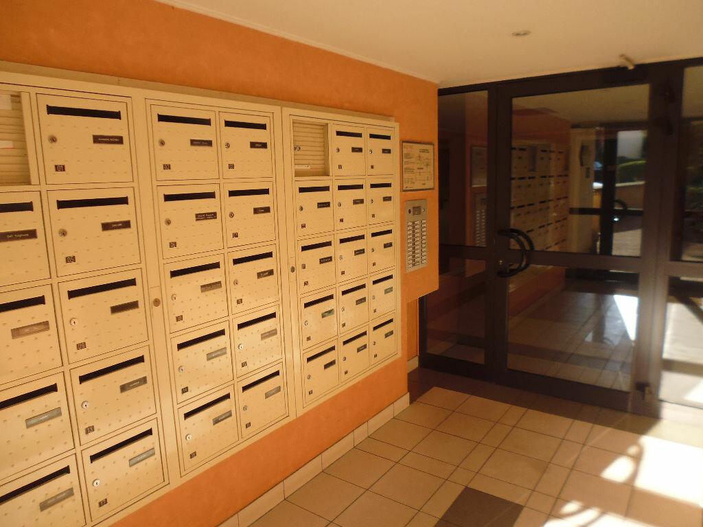 Appartement à louer 2 42m2 à Verneuil-sur-Seine vignette-4