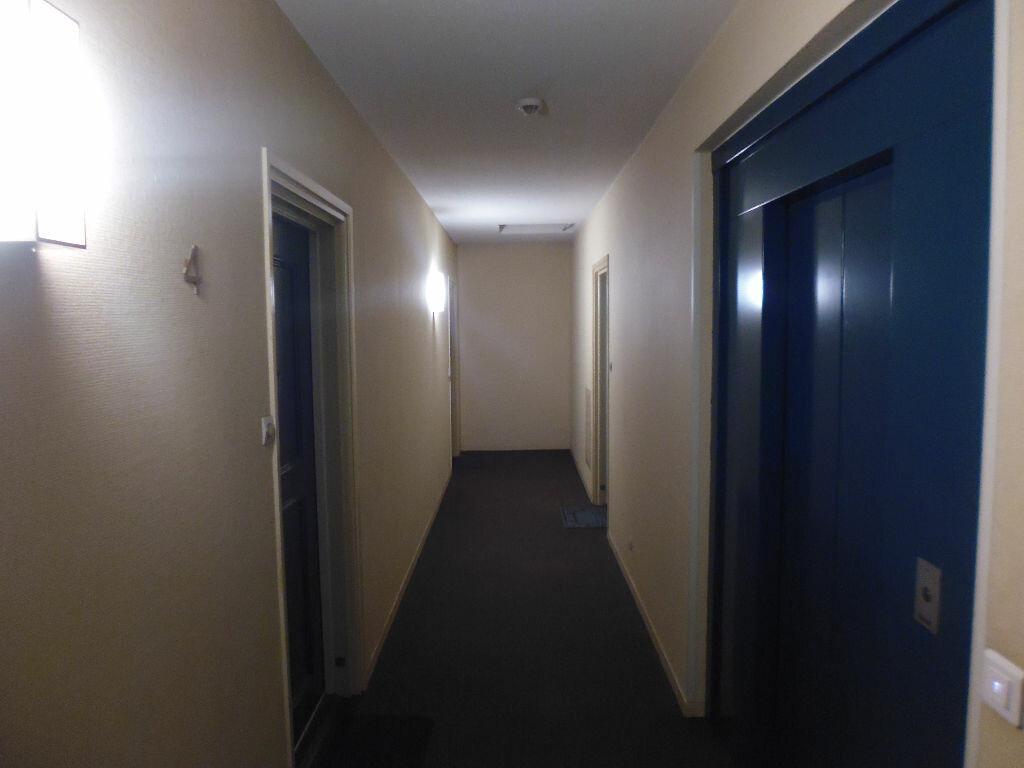 Appartement à louer 2 42m2 à Verneuil-sur-Seine vignette-5