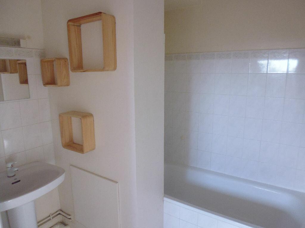 Appartement à louer 2 42m2 à Verneuil-sur-Seine vignette-12