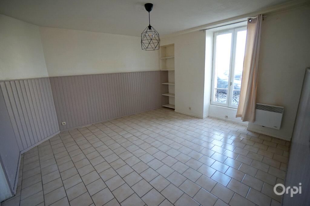 Appartement à louer 2 33m2 à Menucourt vignette-2