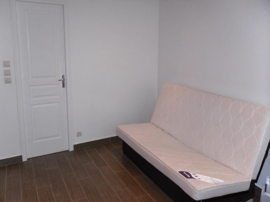 Appartement à louer 1 15m2 à Triel-sur-Seine vignette-5