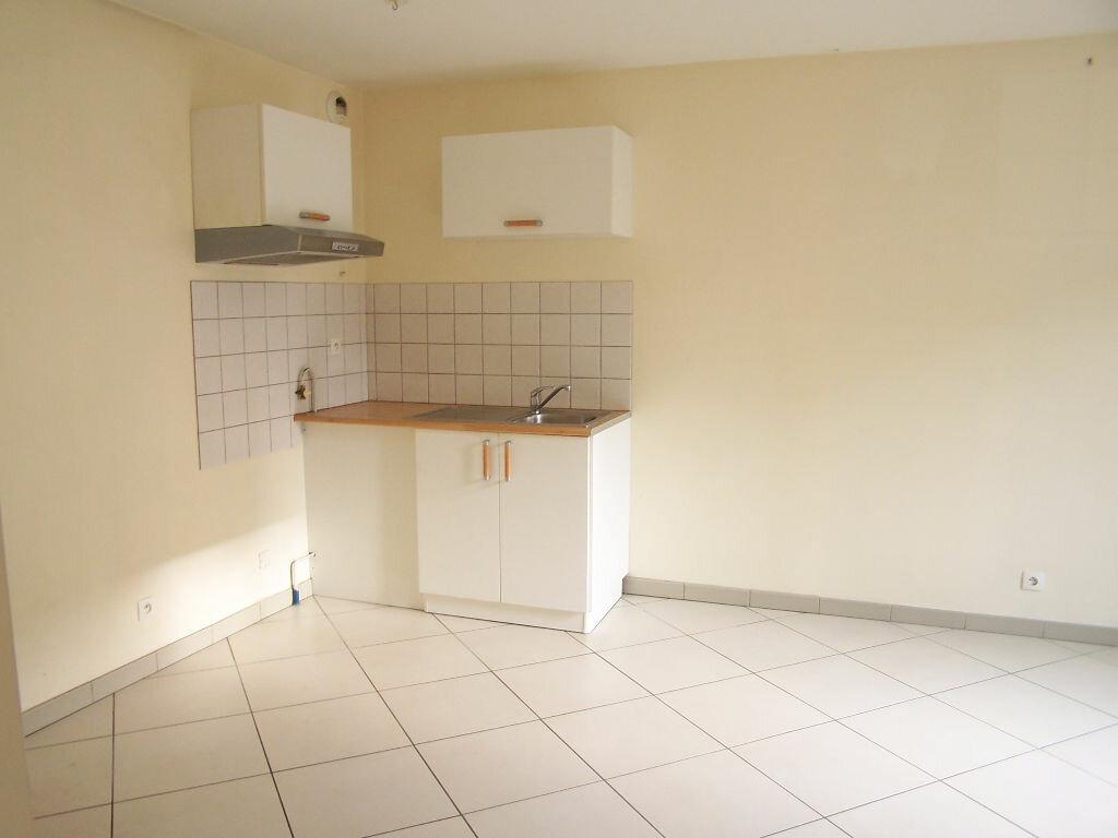 Appartement à louer 2 33m2 à Vaux-sur-Seine vignette-5