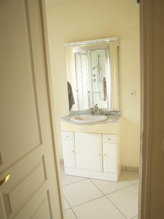 Appartement à louer 2 33m2 à Vaux-sur-Seine vignette-7