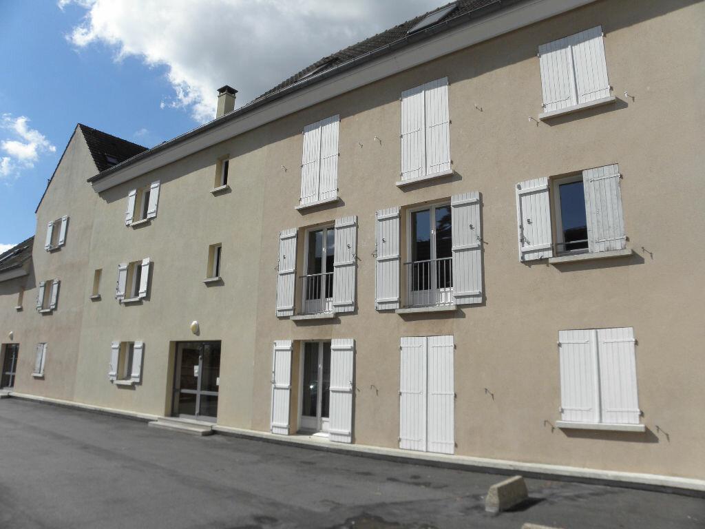 Appartement à louer 1 27m2 à Triel-sur-Seine vignette-2