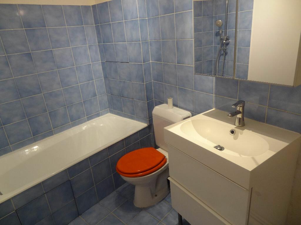 Appartement à louer 1 27m2 à Triel-sur-Seine vignette-6