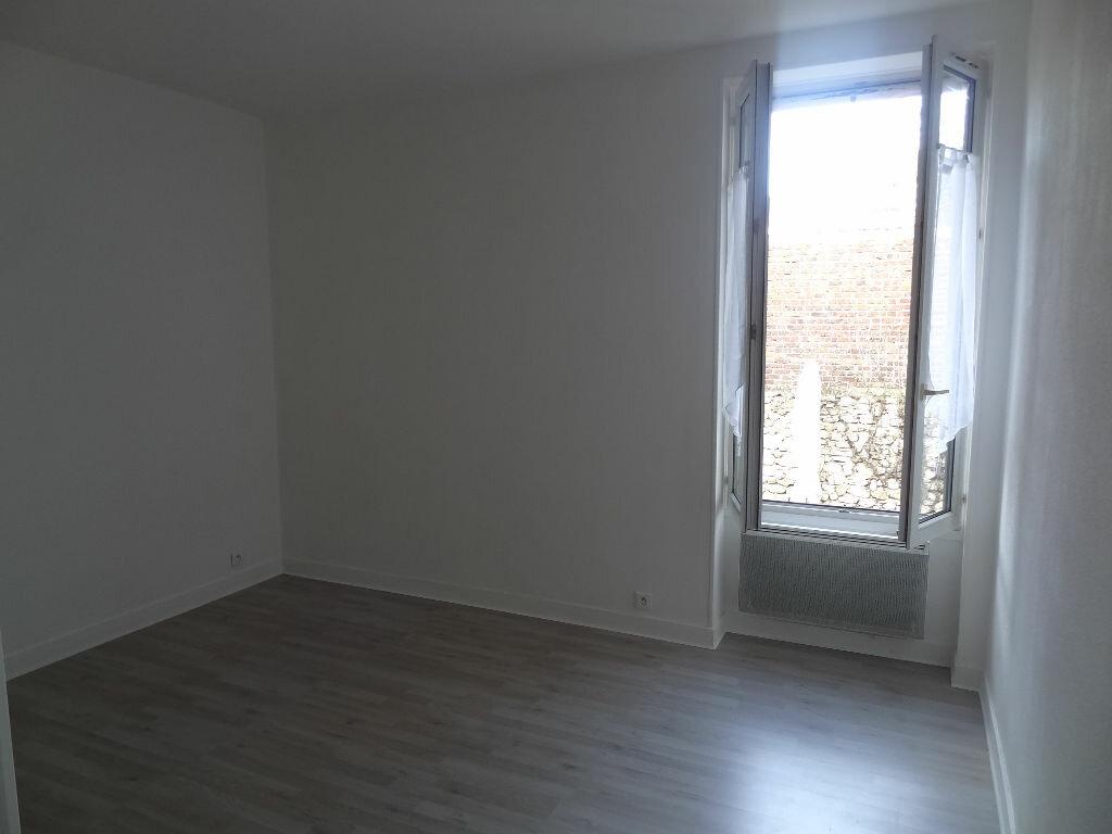 Appartement à louer 2 32m2 à Triel-sur-Seine vignette-3