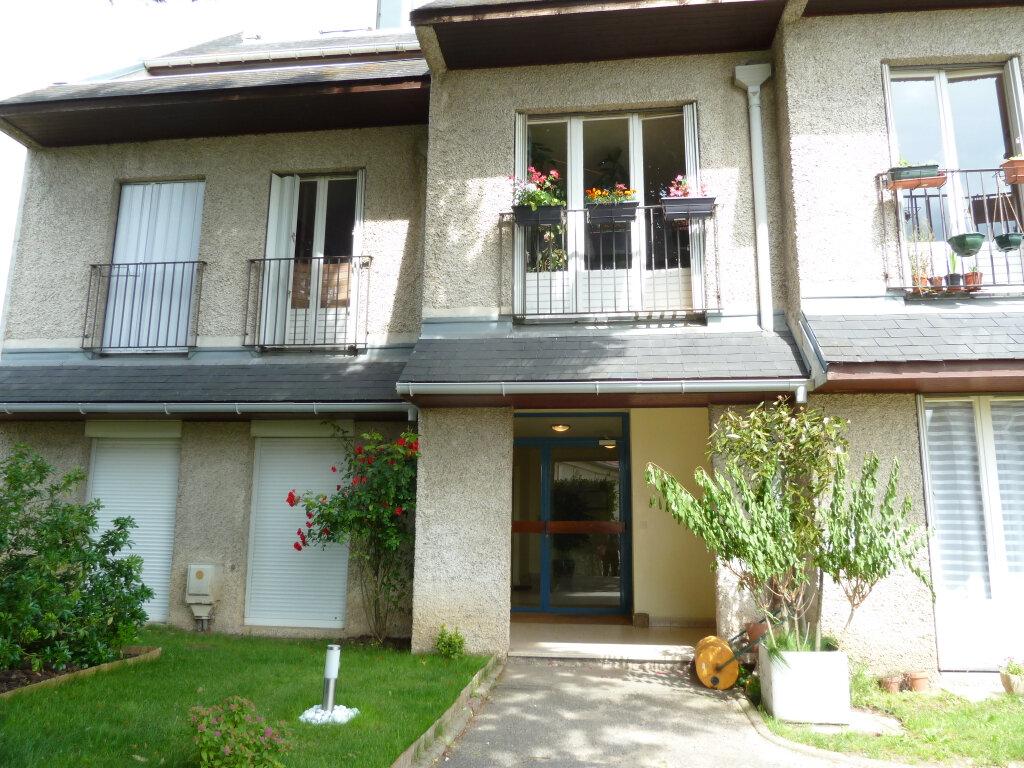 Appartement à louer 2 38.53m2 à Triel-sur-Seine vignette-1