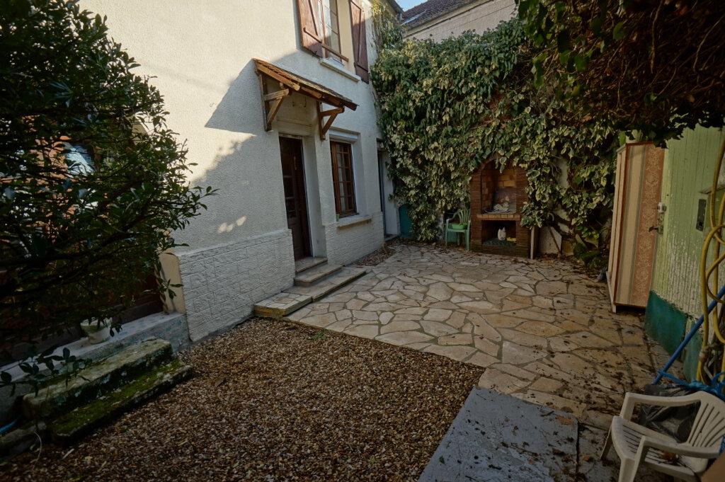 Maison à vendre 5 154m2 à Vaux-sur-Seine vignette-5