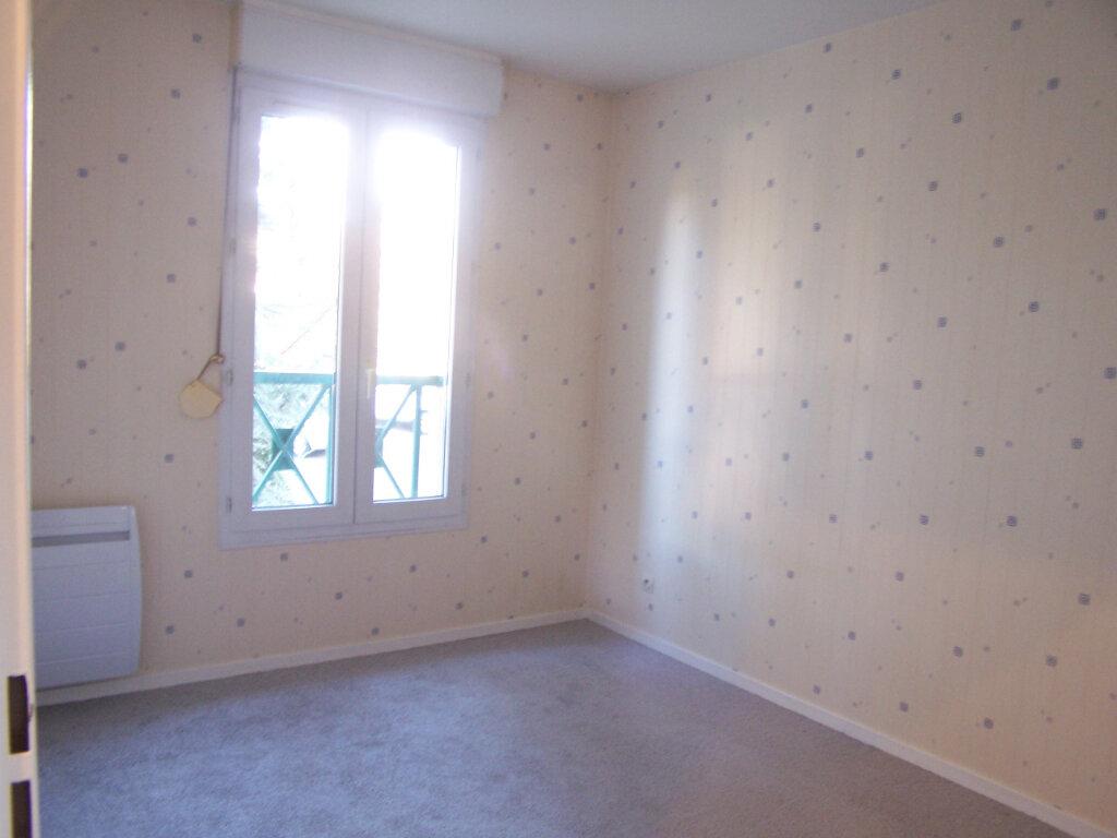 Appartement à louer 2 40m2 à Verneuil-sur-Seine vignette-4