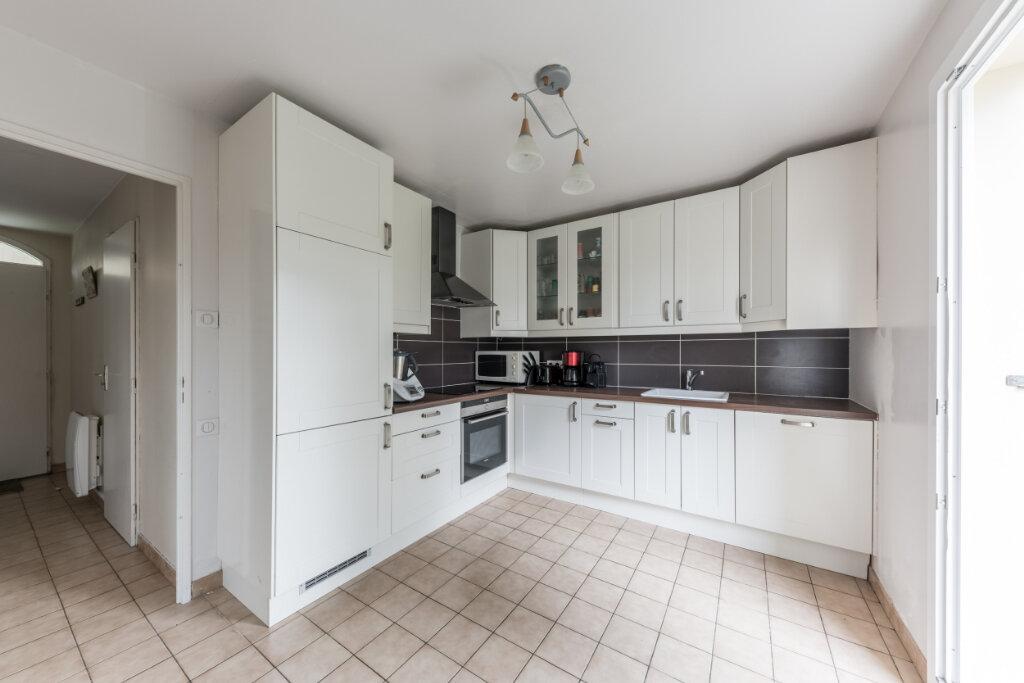 Maison à vendre 6 100m2 à Vaux-sur-Seine vignette-3
