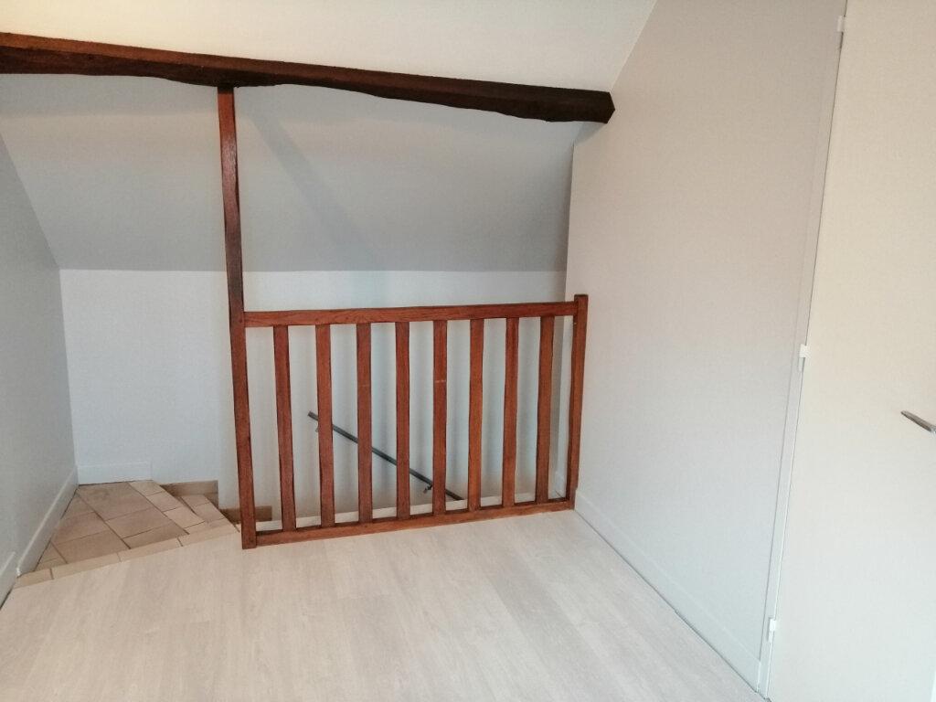 Appartement à louer 3 46m2 à Vaux-sur-Seine vignette-3