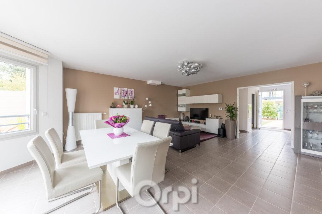 Maison à vendre 5 126m2 à Verneuil-sur-Seine vignette-1
