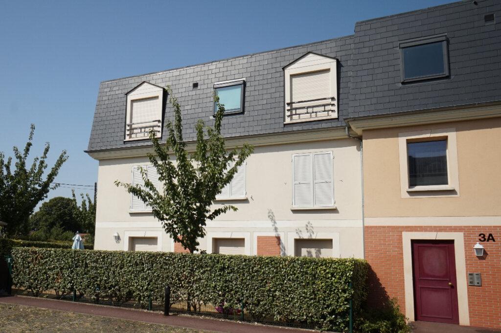Appartement à louer 3 66.89m2 à Triel-sur-Seine vignette-1