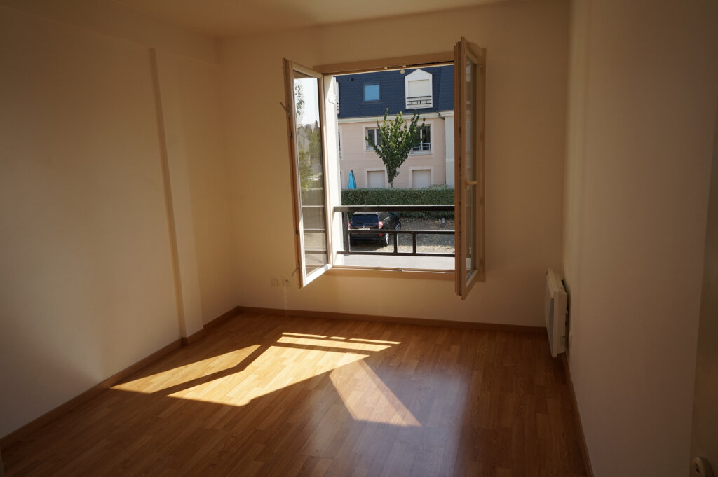 Appartement à louer 3 66.89m2 à Triel-sur-Seine vignette-3