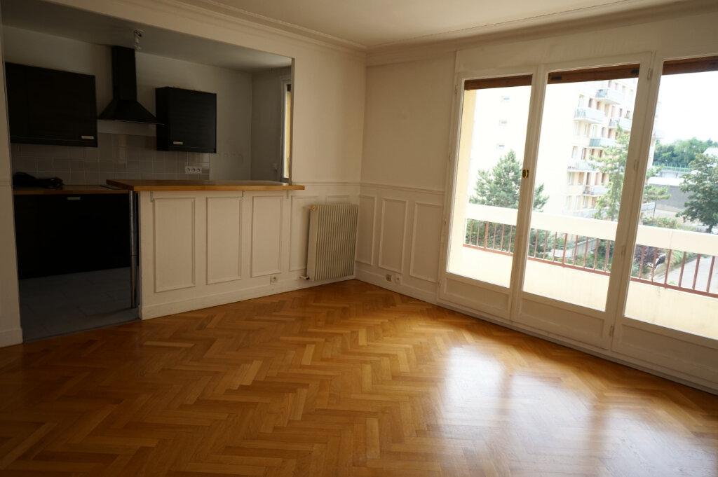 Appartement à louer 3 66.38m2 à Poissy vignette-5