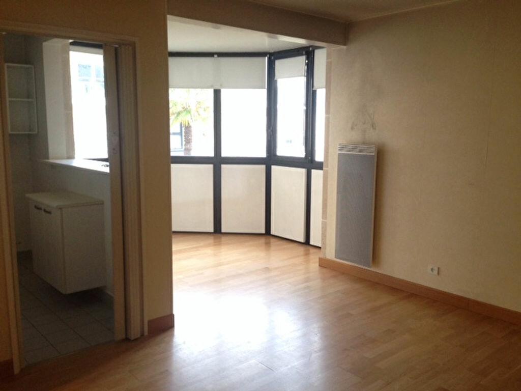 Appartement à louer 1 34.83m2 à Antony vignette-3