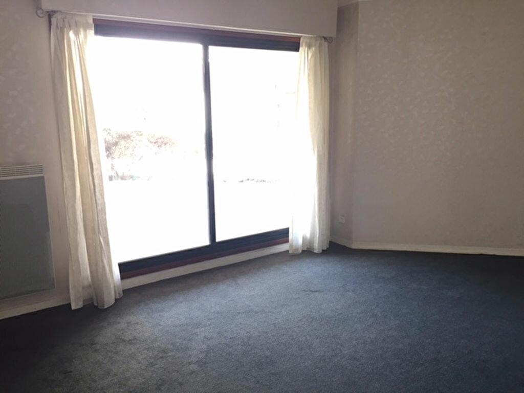 Appartement à louer 2 47.47m2 à Bourg-la-Reine vignette-2
