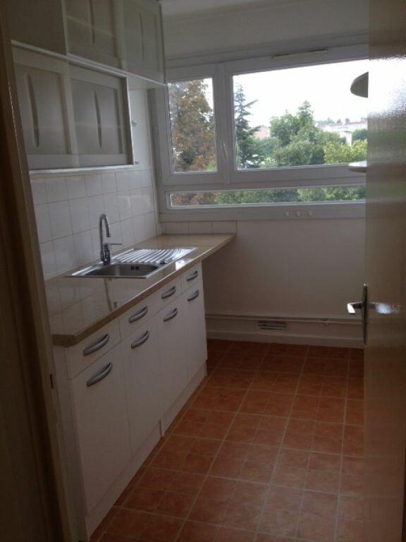 Appartement à louer 2 47.82m2 à Fontenay-aux-Roses vignette-4