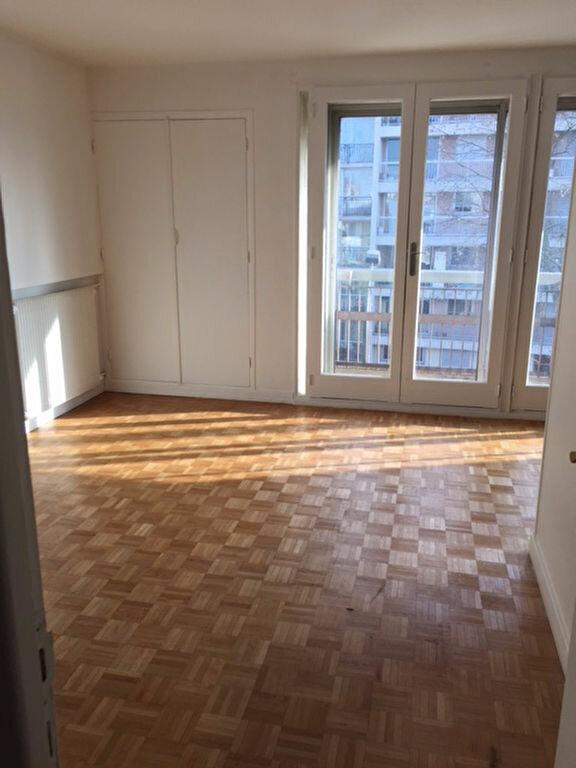 Appartement à louer 3 68.12m2 à Bourg-la-Reine vignette-2